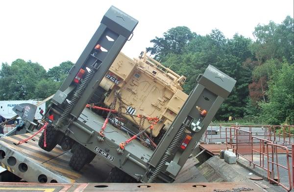 Defensie trailer Broshuis GB